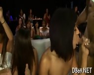 Sucking Strippers Shafts For Cumshot - scene 10
