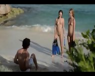 My Erotic Christmass Ffm Threesome - scene 2