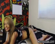 Hot Brunette Twerks On Cam - scene 12