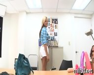 Hot Milf Showing Her Skills - scene 2