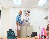 Hot Milf Showing Her Skills - scene 3