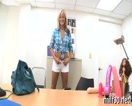 Hot Milf Showing Her Skills - scene 5