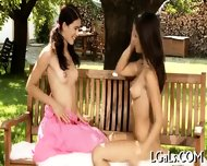 Girls Give Cunnilinguses - scene 8