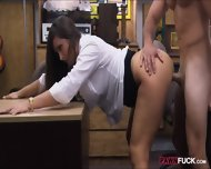 Sexy Babe Pawns Her Pussy And Screwed Up In The Backroom - scene 11
