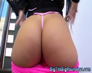 Bubble Butt Slut Twerks - scene 7