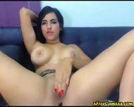 Chica Latina Con Hermosas Tetas Y Lindo Rostro - scene 1