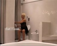 Blonde Mature Having Hole Fisted Hard - scene 1