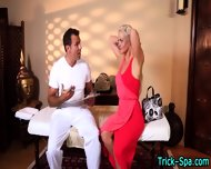 Blonde Stunner Massaged - scene 4