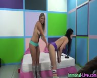 Jennifer White Eats Pussy - scene 10