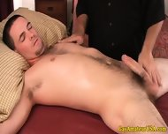 Amateur Jock Gets A Handjob From Masseur - scene 11