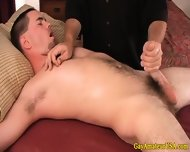 Amateur Jock Gets A Handjob From Masseur - scene 4