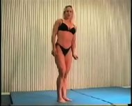 Mixed Wrestling Fbb Christine Fetzer Bodybuilder Scissors - scene 1