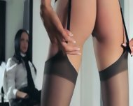 Hot Schoolgirls Posing Herself In Pants - scene 3