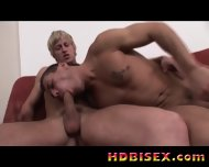 Bisex Guys Waiting For A Pussy - scene 5