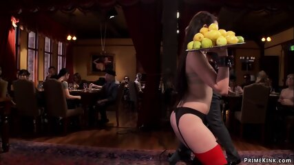 Hot slave holding plates with lemons