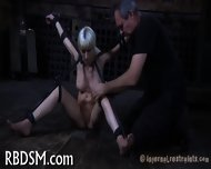 Inflicting Pleasure On Babe S Cunt - scene 5