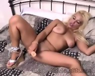 Blonde South American Chick Splits Her Sweet Pussy In This Solo - scene 3