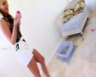 Acrobat Dildo And Fist In Her Ass - scene 1