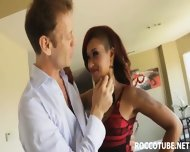 Ebony Model Skin Diamond Got Ass Fucked - scene 2