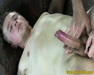 Amateur Straight Guy Cumming For Gay Pal - scene 4