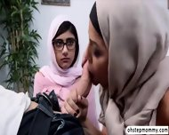 Palestine Mias Hot Threesome Fuck Viral Sex With Julianna - scene 5