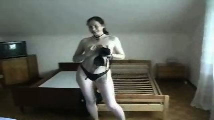 Woman playing with her Toys until she cums - scene 1