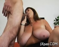 Guy Bangs Hot Fattie Hard - scene 8