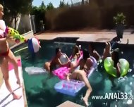Perfect Group Anal Makinglove Outdoors - scene 2
