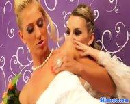 Pussylicking Lesbian Cumcovered At Gloryhole - scene 1