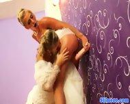 Pussylicking Lesbian Cumcovered At Gloryhole - scene 5