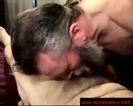 Bearded Straight Amateur Dilfs Sucking - scene 4