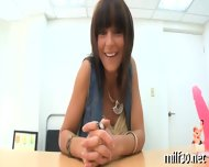 Hot Milf Showing Her Skills - scene 3