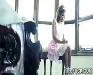Well Gifted Perv Sodomizes His Beautiful Stepsister - scene 3