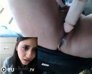 Sexsa.net Скрытая камера - Мастурбация в офисе под столом - scene 3