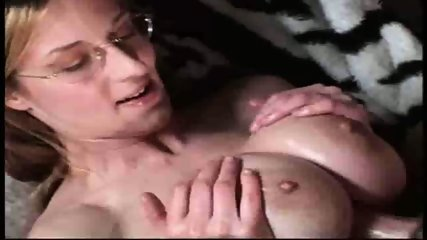 Hot Amateur Titty Fuck - scene 9
