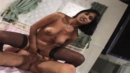 Hot indian Woman 1 - scene 2