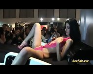 Crazy Extreme Sexfair World - scene 8