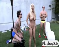 Badass Babes With Single Men Having Fun In Playboy Mansion - scene 7