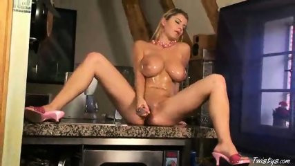 Snow loves her Dildo 6 - scene 8