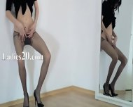 Elegant 18yo Girl Teasing In Front Of Mirorr - scene 7