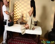 Dick Sucking Babe Massage - scene 6
