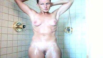 40 yo MILF wife shower - scene 8