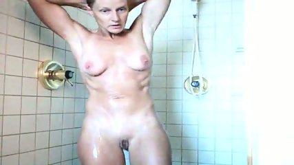 40 yo MILF wife shower - scene 9