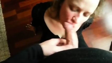 Cheating Wife Blowing Nice And Deep - scene 7