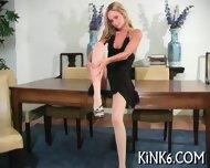 Busty Babe Likes Cameltoe View - scene 2
