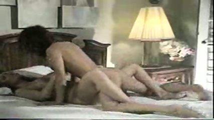 Lesbians hopping in Bed - scene 5