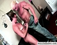 Muscled Milf Shows Her Body - scene 7