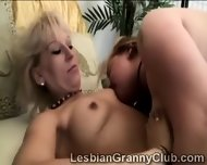 Mature Blondie Fucks Plump Girlfriend With A Thick Dildo - scene 3