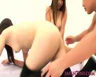 Squirting Japanese Bukkake Gang Bang Teen - scene 8