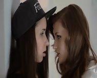 Redhear Lesbian Lover Banged Hard - scene 2